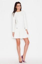 Balta klostuota suknelė