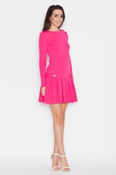 Ryškiai rožinė klostuota suknelė